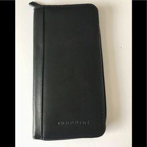 NEW Travis & Wells Modular Genuine Leather Wallet